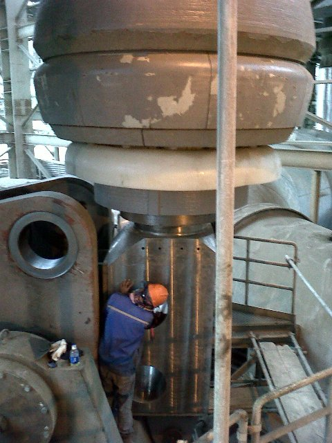 Grinding Roll Vertical Mill Tuban 1 Project